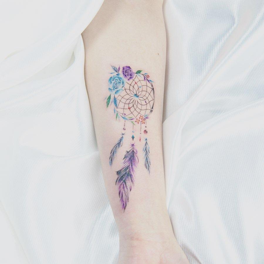 акварельная татуировка мандалы на руке