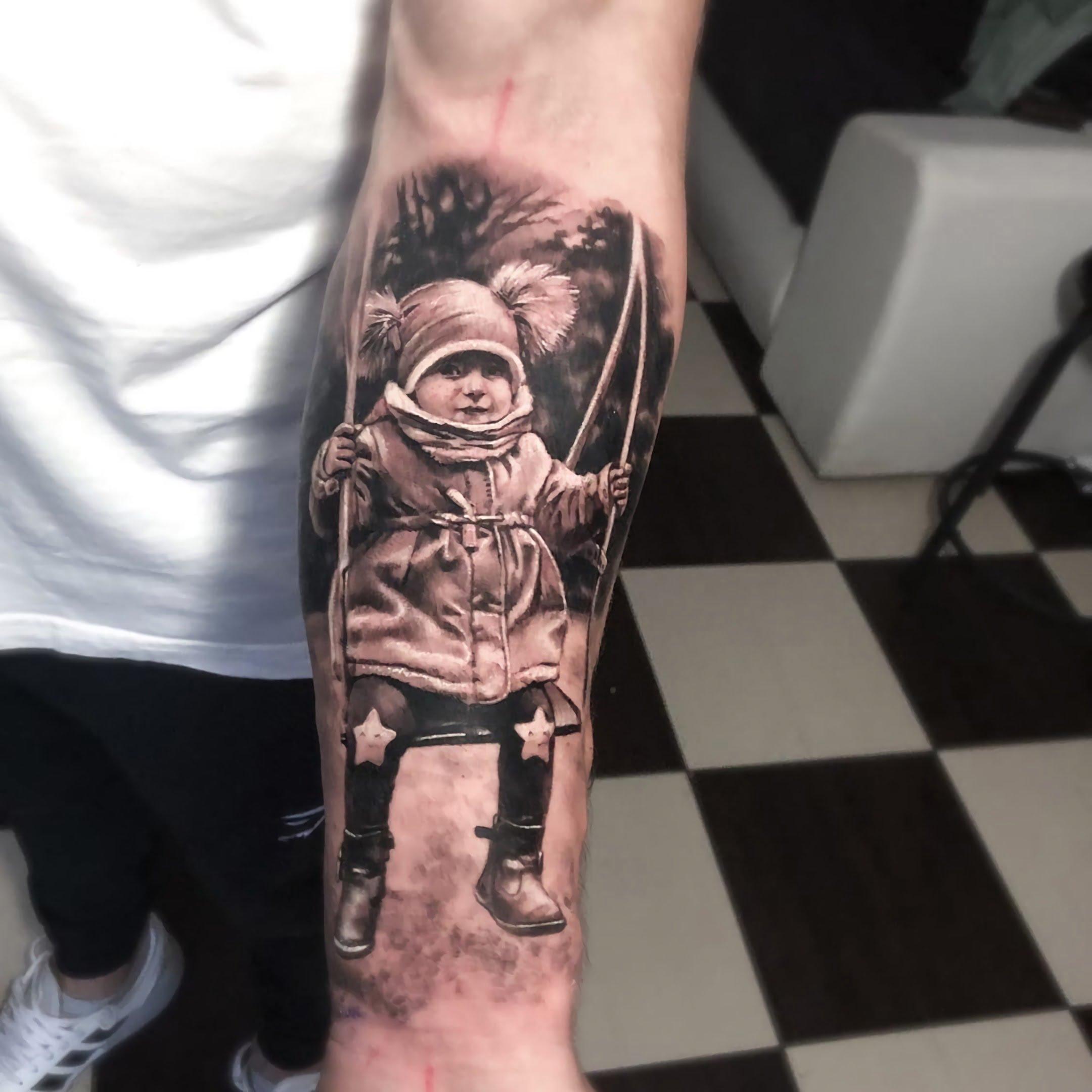 красивая татуировка ребенка на руке