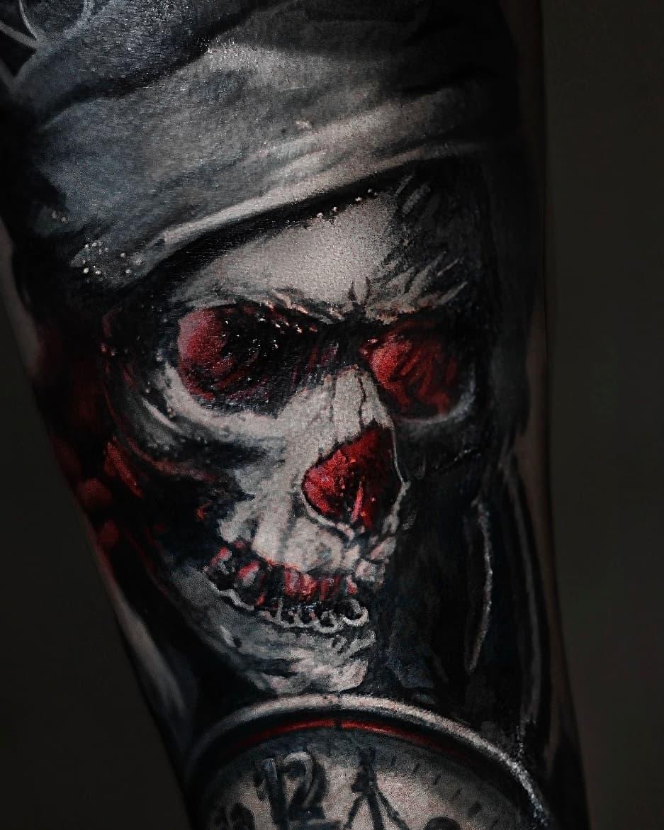 красный череп тату