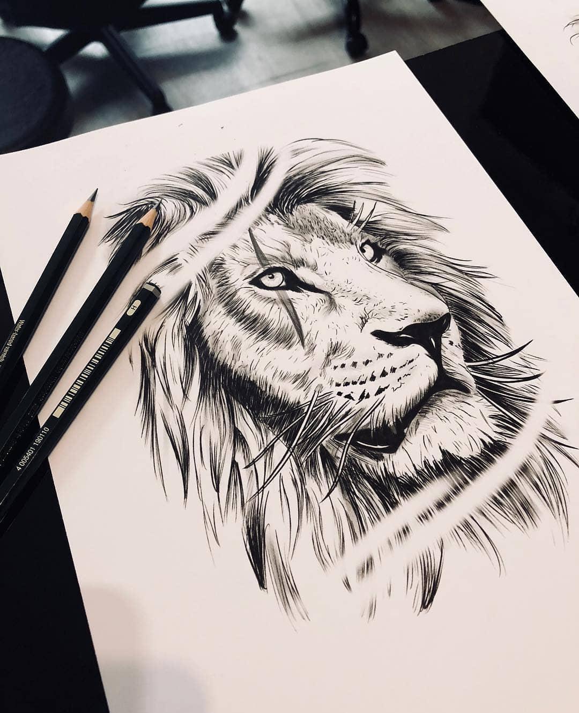 реалістичний ескіз татуювання лева