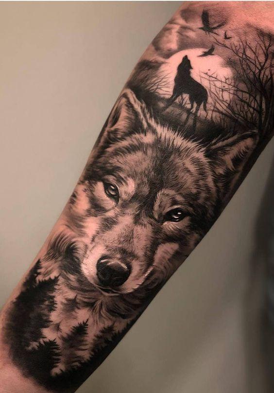 мужской рукав с изображением волка