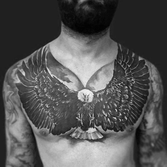 татуювання орла з розпростертими крилами