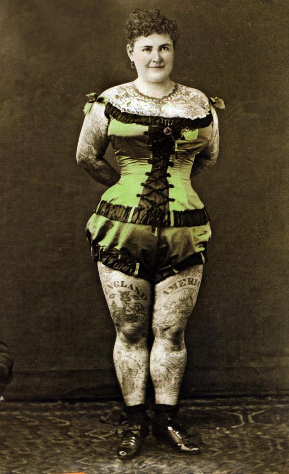 татуювання Емма де Бург