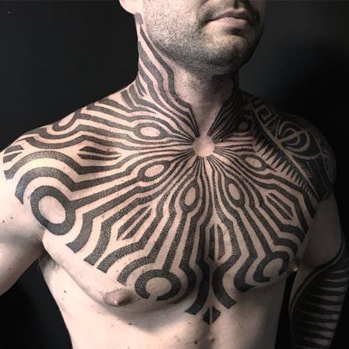традиционная татуировка в стиле блэкворк