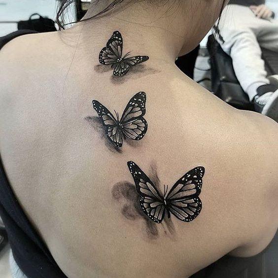 3д тату бабочки на спине