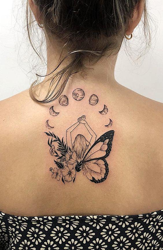 тату бабочки на спине