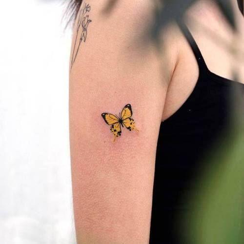 тату желтой бабочки