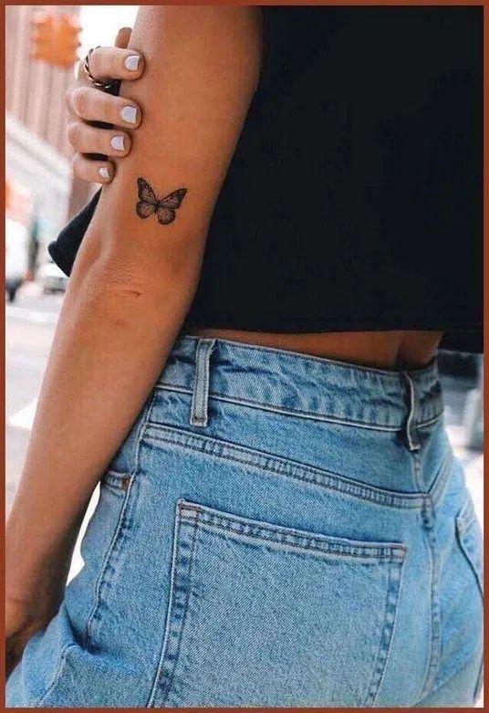 тату бабочки для девушек на руке