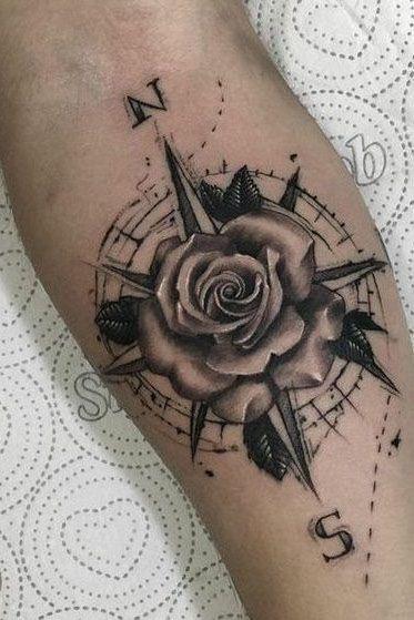 тату компаса з трояндою