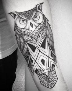 геометричне татуювання сови