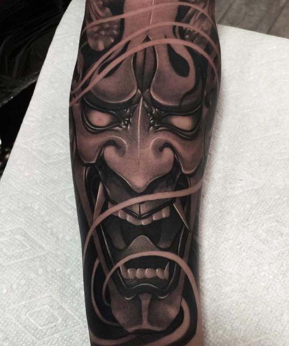 тату демонической маски в японском стиле