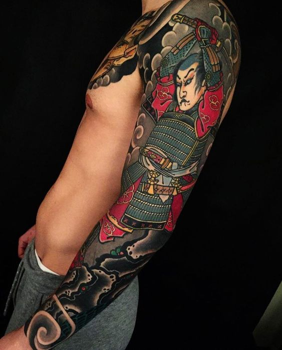 мужской рукав с самураем