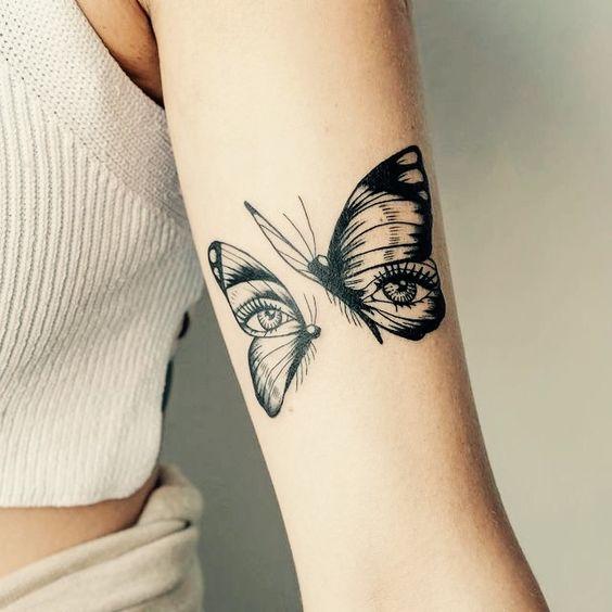 модная татуировка бабочки на руке
