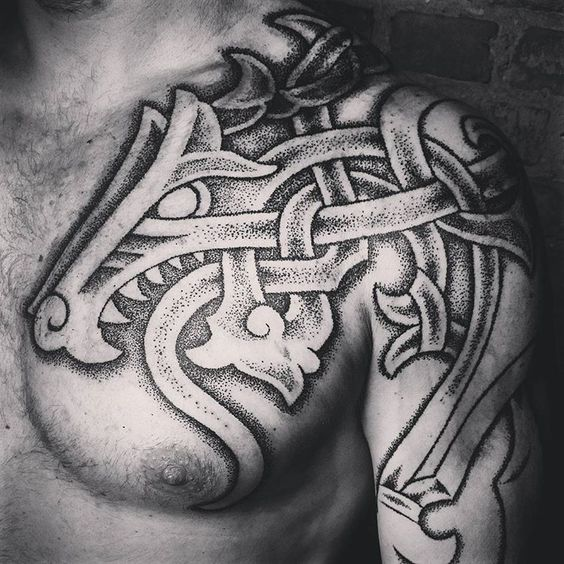 кельтское тату на плече