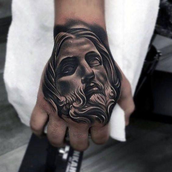 Татуировка Иисуса на руке