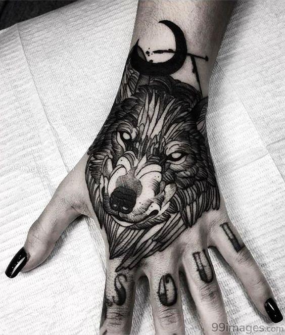 татуировка волка на руке для девушек