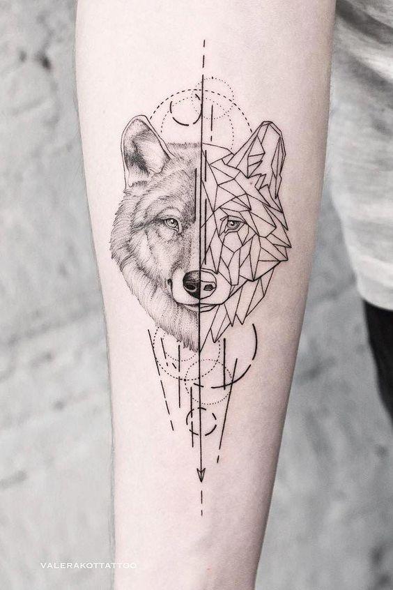 волк на руке в геометрическом стиле