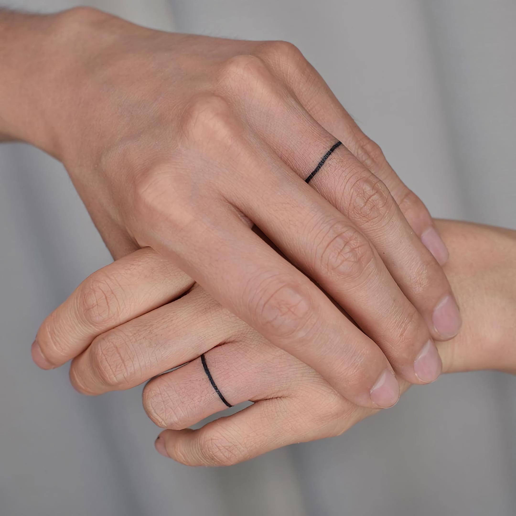 стильная татуировка кольца на пальце для пар