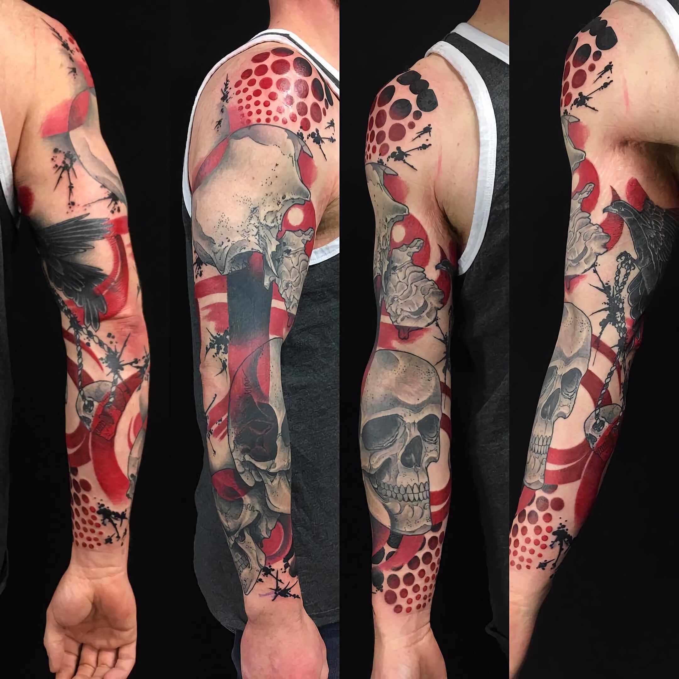 красивое тату рукава в стиле трэш-полька