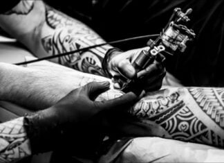 причины выбрать маленькие татуировки