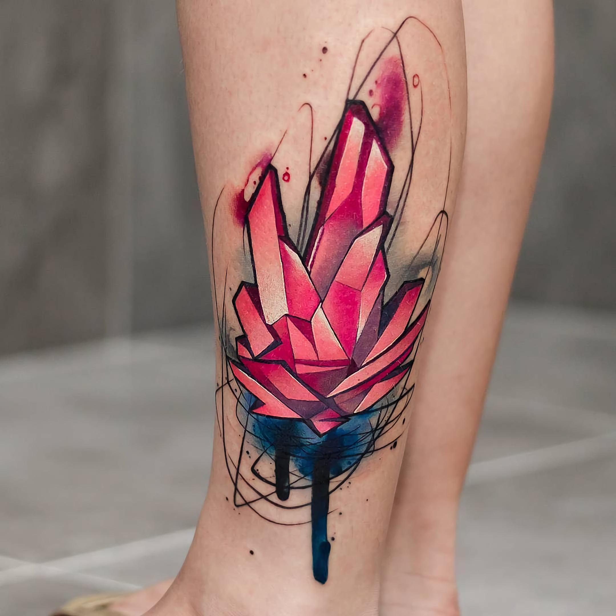 татуировка абстрактного кристала
