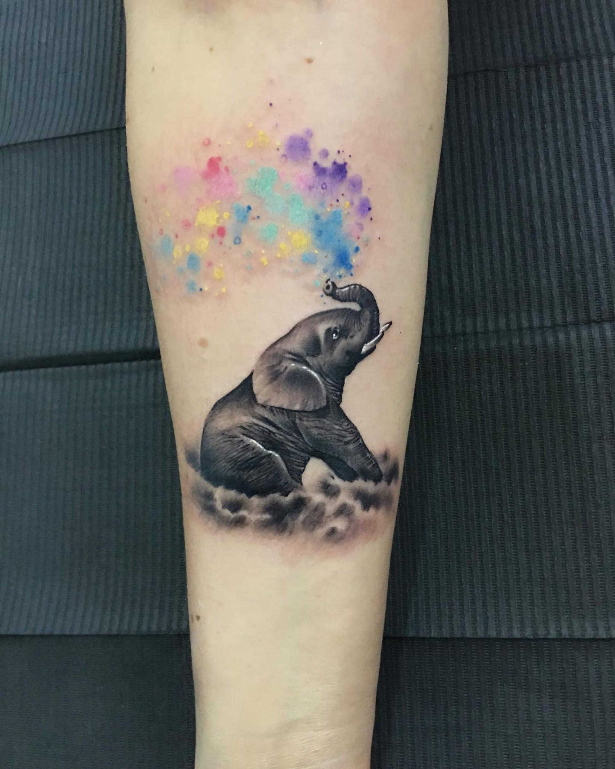 Татуировка со слоном