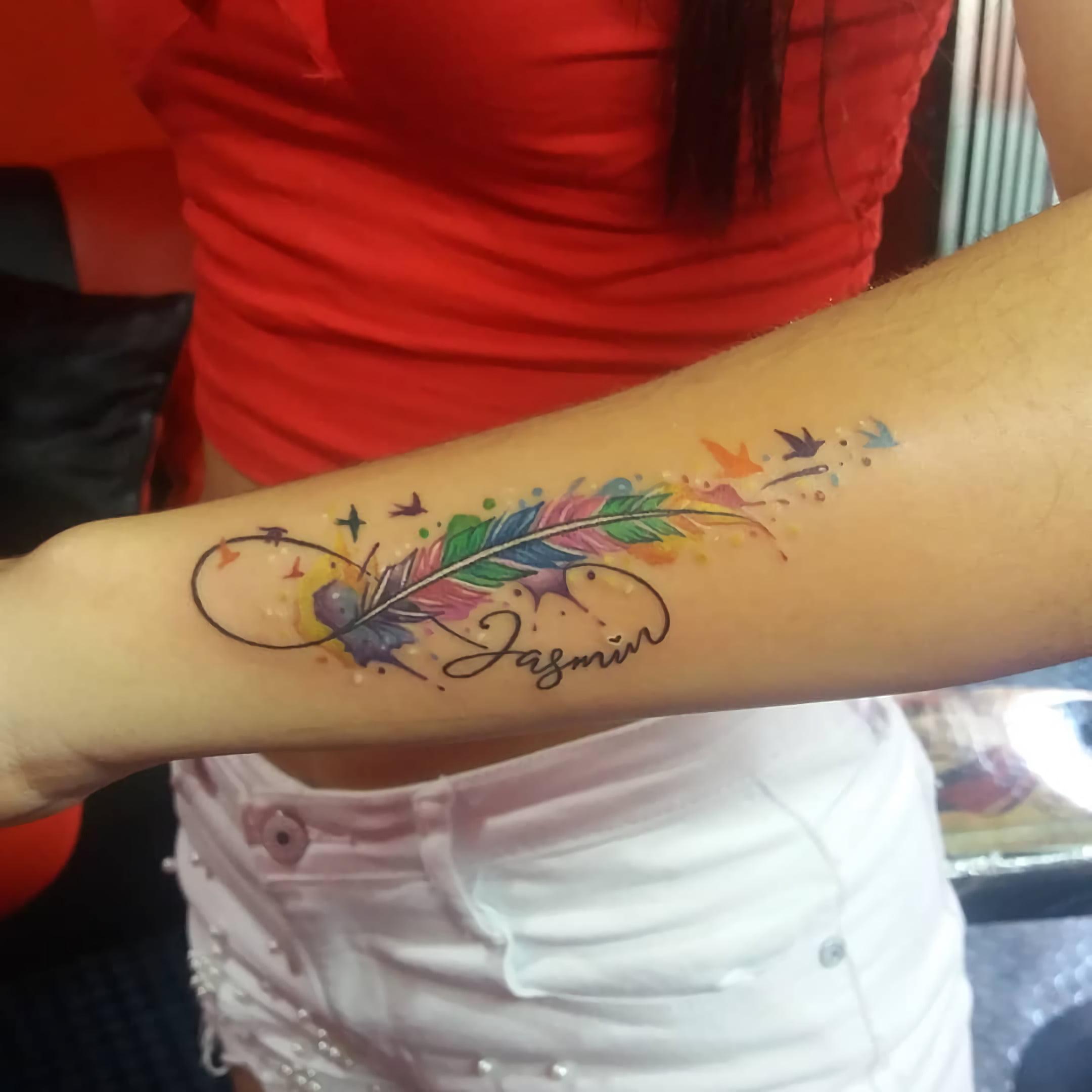 Татуировка перьев