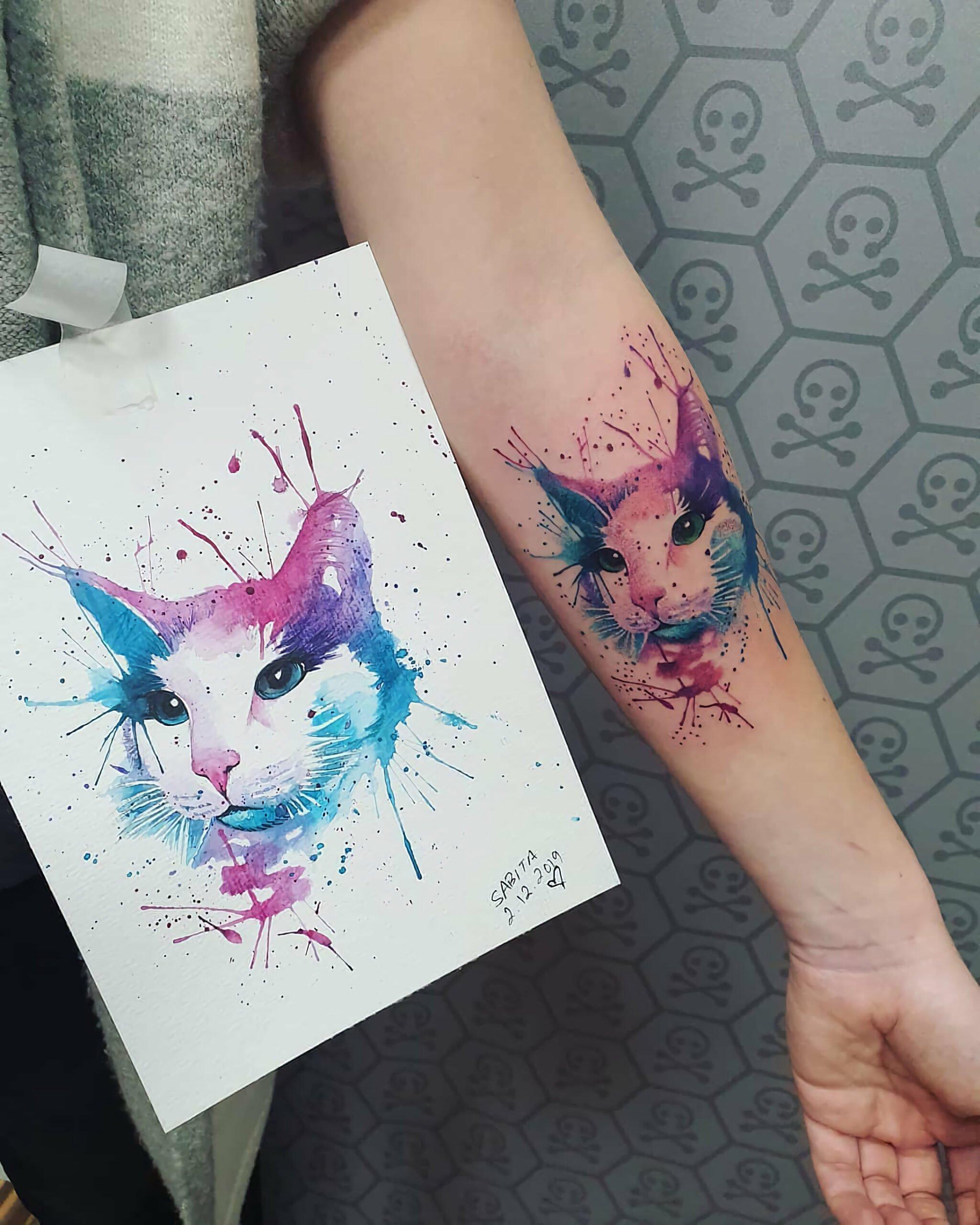Акварельная татуировка кошки